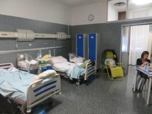 Una delle camere per la degenza del Centro Nascita dell'Ospedale Sant'Anna di Torino