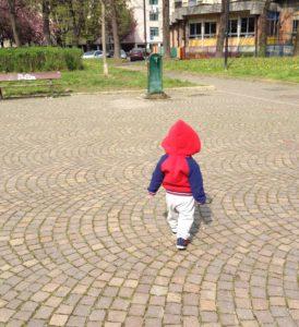 Mio figlio che cammina